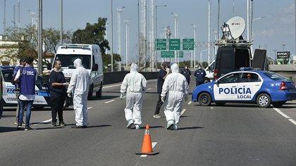 Un protocolo de activación sanitaria en el Puente La Noria, otro de los 13 puntos de acceso a la Ciudad que se mantendrá abierto (Gustavo Gavotti)