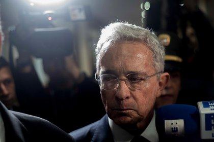 La detención domiciliaria, comienzo de la travesía de Uribe por el desierto