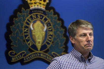 El jefe inspector de la policía del Gales del Sur Stephen Fowler durante la conferencia de prensa(Darryl Dyck/ The Canadian Press vía AP)
