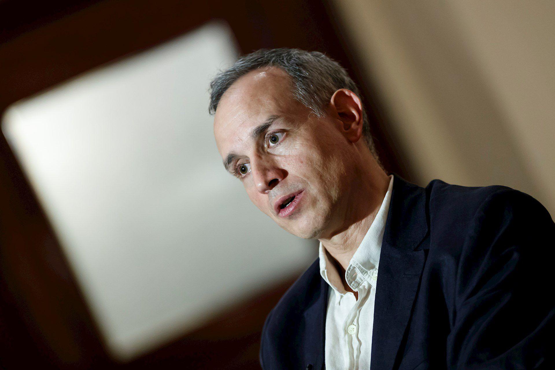 El subsecretario López-Gatell se mostró optimista ante los datos recavados por la SSa respecto al avance de la enfermedad (Foto: EFE)