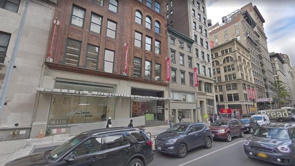 Parsons esta ubicada en la 5ta avenida y la 13st, en el barrio de Greenwich Village
