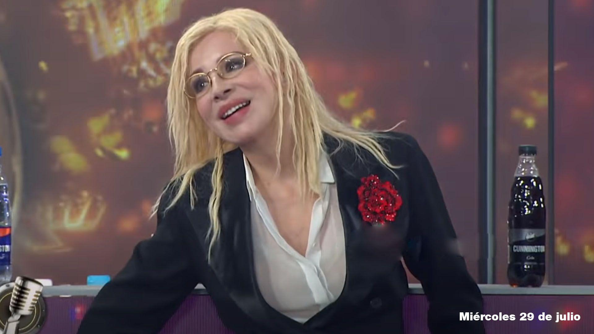 nacha guevara look cantando 2020