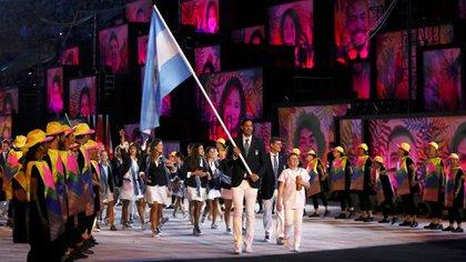 Luis Scola encabezó a la delegación argentina en la ceremonia de apertura de Río 2016 (Reuters)