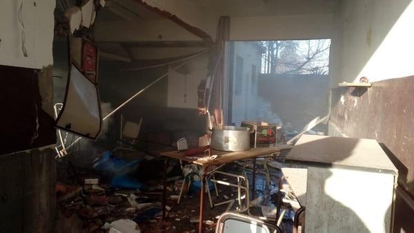 La explosión ocurrió poco antes del ingreso de los estudiantes (@ProfeOpositora)