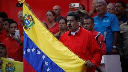 """Maduro amenazó con """"cortarle la cabeza a quien haga falta"""" tras el lanzamiento de la fase final de la Operación Libertad del pasado 30 de abril(REUTERS/Fausto Torrealba)"""