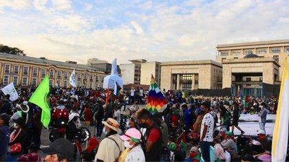 Cerca de 8.000 mingueros se tomaron la Plaza de Bolívar, en donde expusieron sus demandas. Foto: Infobae/ María José Cogollo