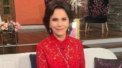 Pati Chapoy,  periodista y conductora de televisión con más de 30 años de experiencia (Foto: Twitter: @VentaneandoUno)