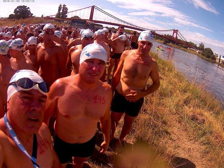 La competencia Río-Mar es de 10 kilómetros y como su nombre lo indica, comienza en el Río Quequén y termina en el mar de Necochea