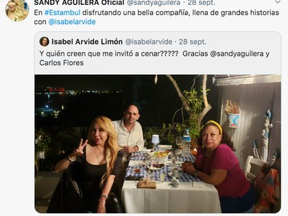 Isabel Arvide and Sandy Aguilera shared their experience through Twitter (Photo: Twitter)