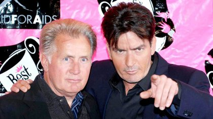 Charlie junto a su padre, el también actor Martin Sheen  163