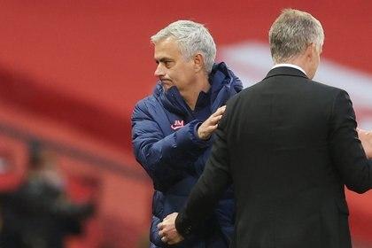 Mourinho vuelve a sumar de a tres y se ilusiona con este gran triunfo (Reuters)