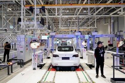 Una planta de Tesla en Shanghai, China (REUTERS/Aly Song/File Photo)