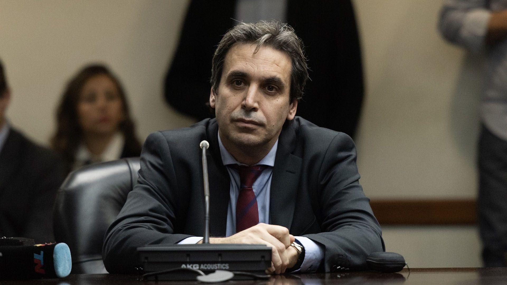 Alejo Ramos Padilla (Adrián Escandar)