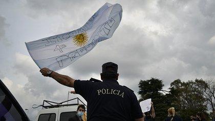 La Bonaerense continúa con la protesta (foto: Gustavo Gavotti)