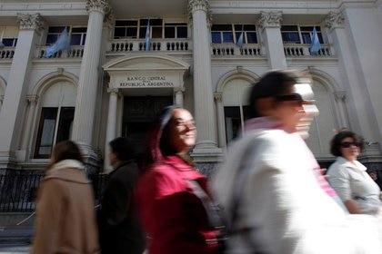 El frente del Banco Central, en el centro financiero de Buenos Aires.  (Reuters)