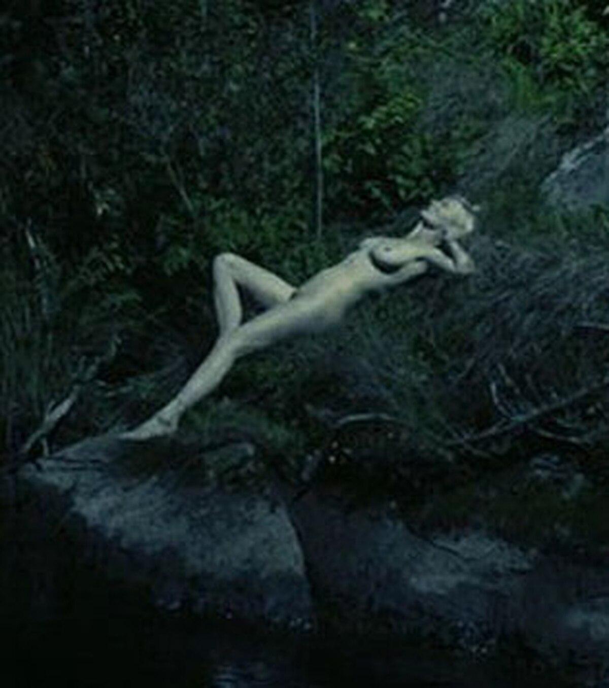 Nuevas Imágenes Del Desnudo Total De Kirsten Dunst Infobae