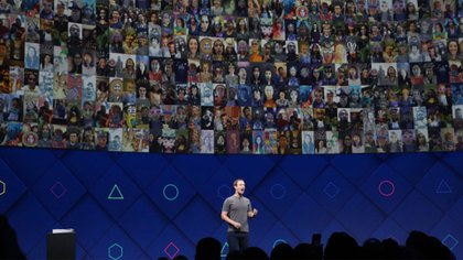 Facebook es más valioso en la medida que crece su base de usuarios. (The New York Times)