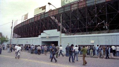El Viejo Gasómetro de Avenida La Plata abrió sus puertas por última vez el 2 de diciembre de 1979