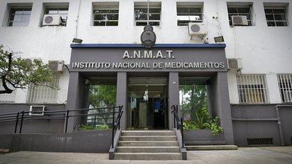 La ANMAT supervisa todo el proceso (Gustavo Gavotti)