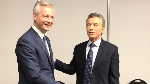 Mauricio Macri y el ministro de Hacienda francés, Bruno Le Madre