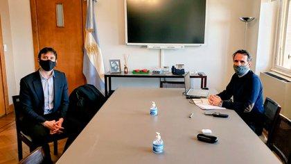 El diputado Felipe Álvarez junto al ministro de Obras Públicas Gabriel Katopodis (@FelipeAlvarezLR)
