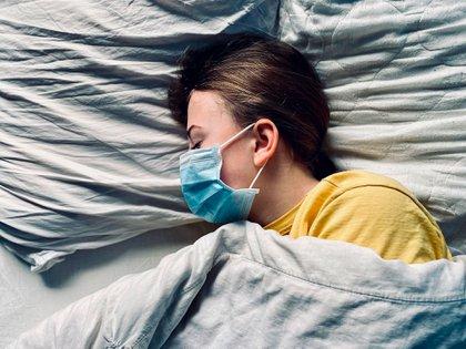 Algunos de los diagnosticos pueden ser: alteraciones de la memoria, de la concentración, dolores de garganta, musculares, articulares, cefaleas, adenopatías (ganglios inflamados) (Shutterstock)