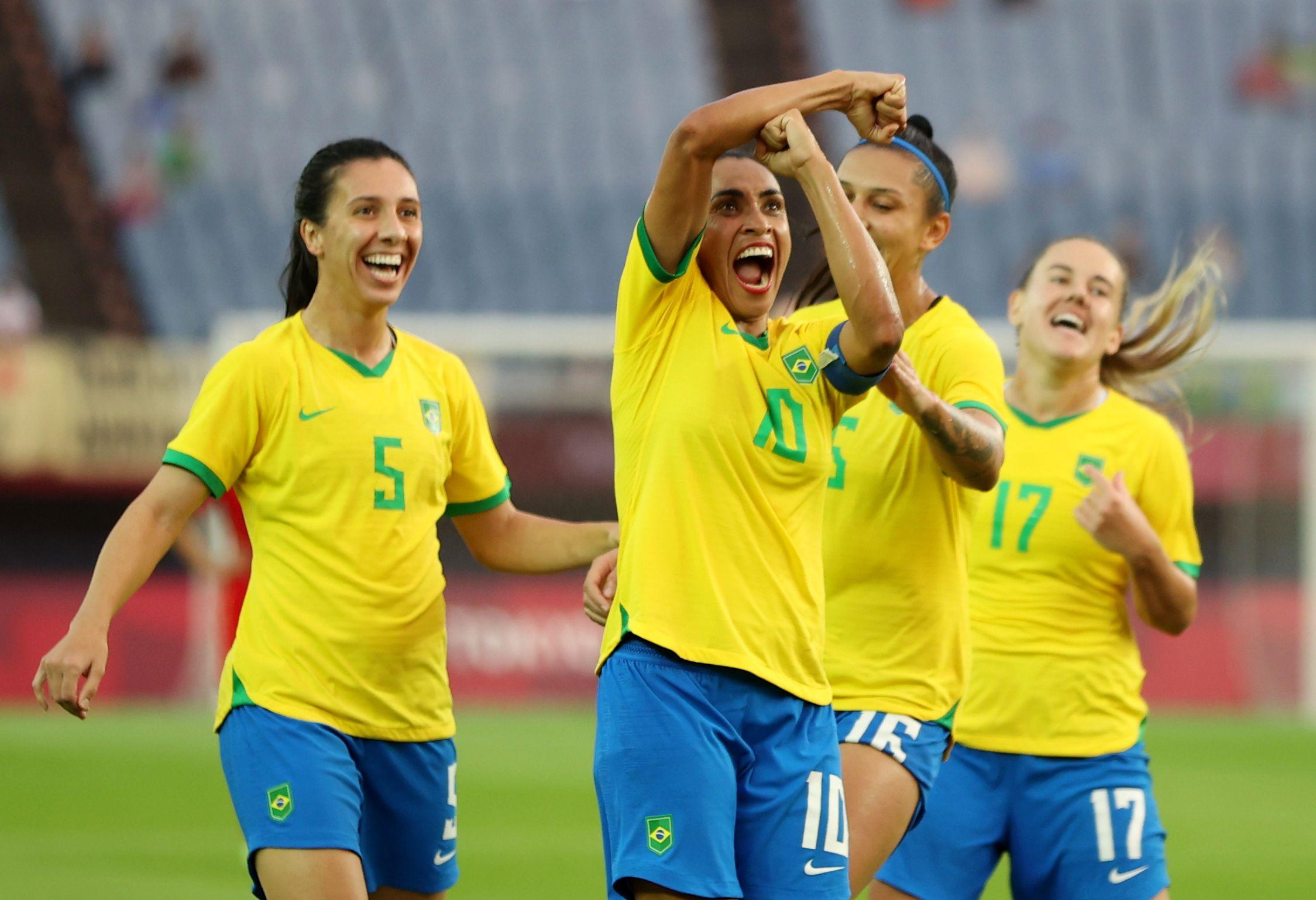 Marta anotó dos goles en el triunfo de Brasil ante China (REUTERS/Molly Darlington)