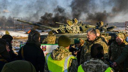 Según Frolov, Putin le pidió a Trump que retire su cooperación militar con Ucrania, a cambio de retirarle su apoyo a Maduro (AP)