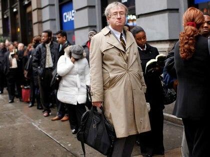 Economistas estiman que el plan de estimulo creará millones de empleos (REUTERS/Shannon Stapleton)