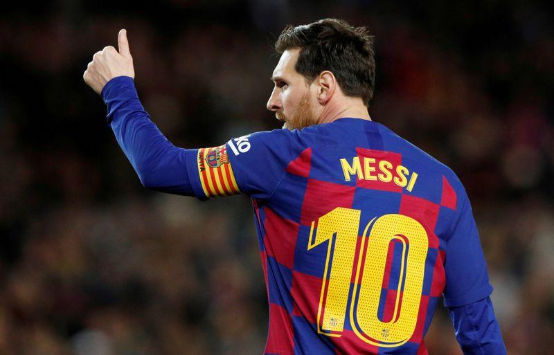 Messi eligió 15 promesas del fútbol   REUTERS