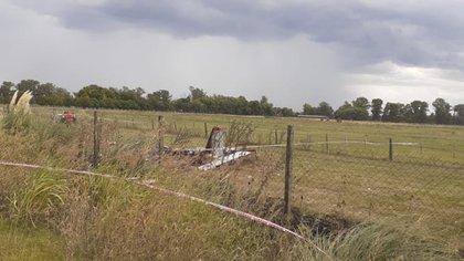 El sitio donde quedó el vehículo es a metros de donde termina la propiedad del aeródromo