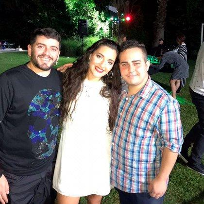Jana junto a sus hermanos Diego Junior y Tadeo (Foto: Instagram)
