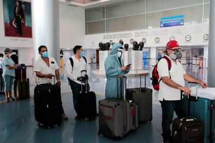 Estadounidenses a punto de volver a su país (REUTERS/Oswaldo Rivas)