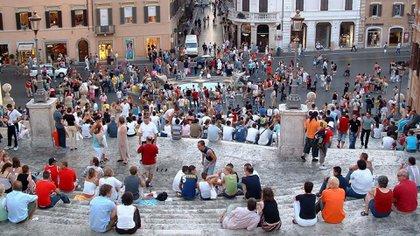 Las autoridades italianas han introducido una serie de nuevas reglas destinadas a frenar el comportamiento inaceptable del viajero (Shutterstock)