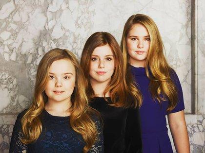 Amalia, la futura reina de Holanda, Alexia y Ariane