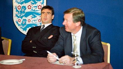 Eric Cantona, en la conferencia de prensa que brindó tras el escándalo por la patada a Matthew Simmons