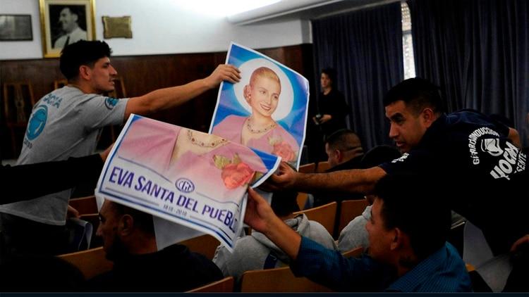 En el salón Felipe Vallese sepidió por la beatificación de Eva Perón
