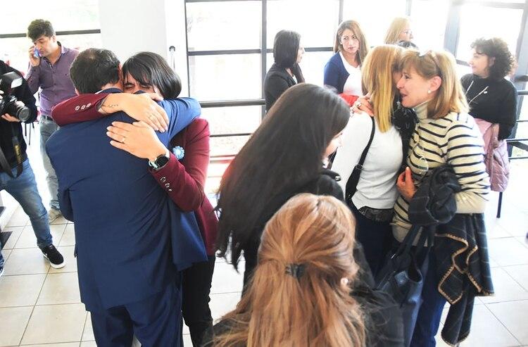 """Los empleados del juzgado federal de Santa Rosa tras la condena el año pasado (Foto """"El Diario de La Pampa"""")"""