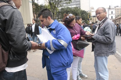 Los comités de revocatoria tendrán que esperar que el concepto del Ministerio de salud para poder recoger firmas./COLPRENSA / CHRISTIAN CASTILLO M