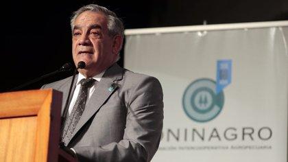 El presidente de Coninagro, Carlos Iannizzotto, participó hoy de la videoconferencia con el titular de la cartera agropecuaria