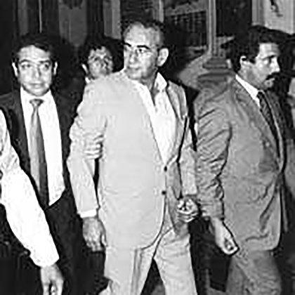 Aníbal Gordon fue integrante de la Alianza Anticomunista Argentina –conocida también como La Triple A–, un grupo parapolicial que había actuado antes del golpe del 24 de marzo de 1976, y luego fue responsable del Centro Clandestino de Detención conocido como Automotores Orletti