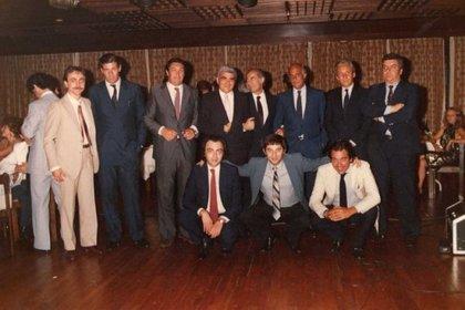 Postal del equipo de Sport 80, un verdadero dream team del periodismo