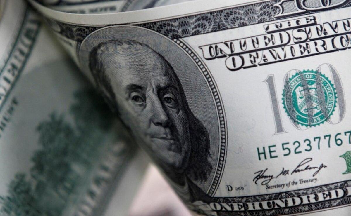 """Dólar hoy: el """"contado con liqui"""" trepó 9% y cerró por encima de los 103 pesos - Infobae"""