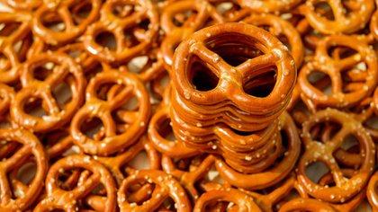 Hay varias presentaciones de pretzel, el salado es el más tradicional puede ser tanto duro como blando (Foto: Pixabay)