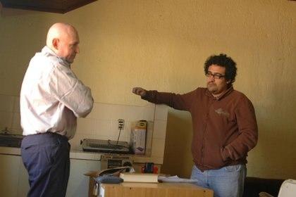 Robledo Puch, con Rodolfo Palacios, cuando el autor de esta nota lo entrevistó hace 12 años en Sierra Chica