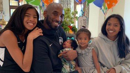 La foto con la que Vanessa Bryant decidió recordar a Kobe este día del padre
