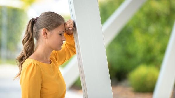 Patiënten melden pijn die voorkomt dat ze meer dan drie blokken lopen (Getty)