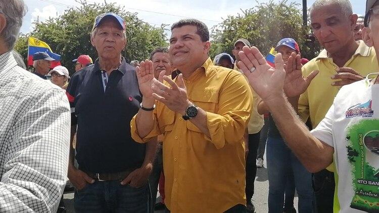Luis Parra fue expulsado del partido Primero Justicia tras ser acusado de corrupción (Twitter: @LuisEParra78)