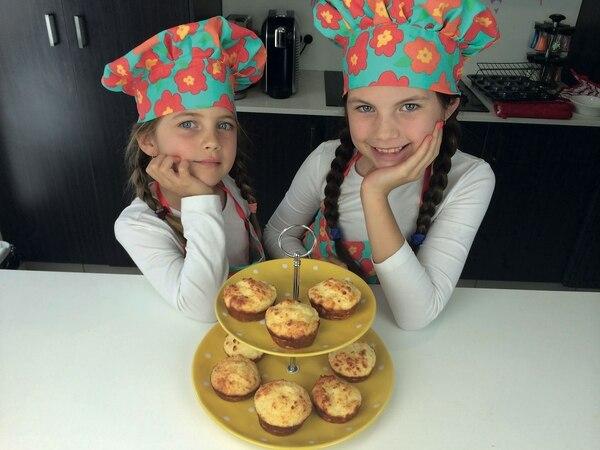 El exitoso canal de YouTube Charli´s Crafty Kitchen tiene 835.344 suscriptores y 841.906.614 visualizaciones. Las hermanas Charli y Ashlee son las minichefs ylogran un ingreso mensual de $ 127 mil.