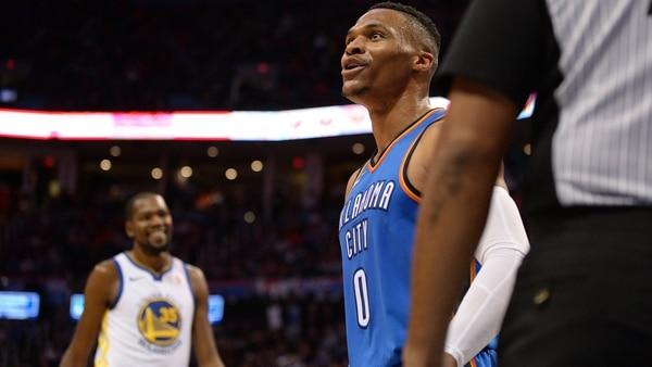 Russell Westbrook, con un doble-doble, fue una de las figuras de los Oklahoma City Thunderen el Chesapeake Energy Arena (Usa TodaySports)
